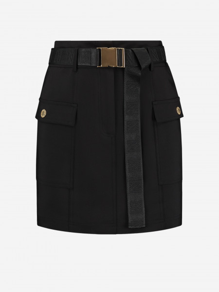 Skirt with pockets and belt