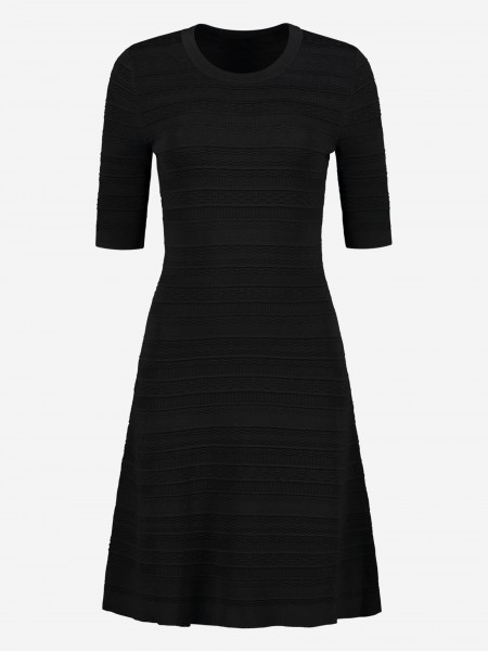 DRESS WITH STITCHED PATTERN