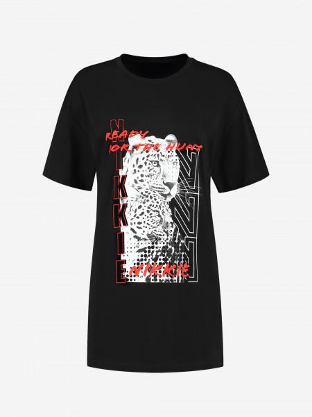 long t-shirt with N logo artwork