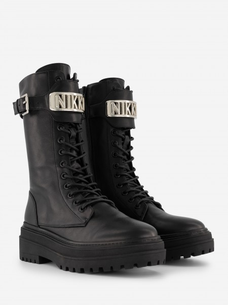 LEATHER BOOTS WITH NIKKIE BUCKLES