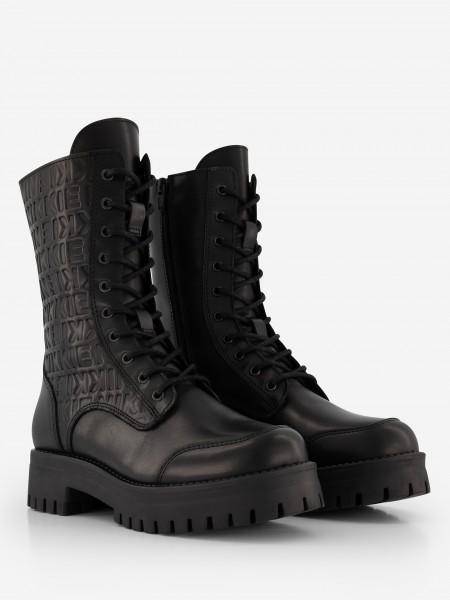 Black NIKKIE boots