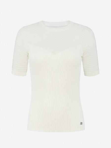 FITTED TOP WITH MESH