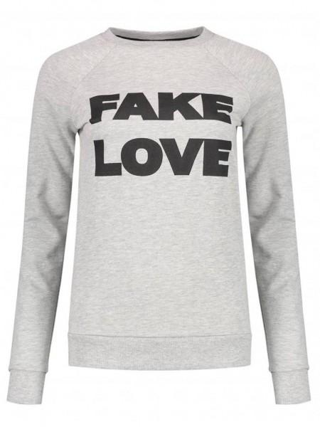 fake-love-sweaterkopie.jpg